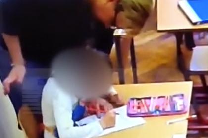 Избиение детей-инвалидов российской учительницей два дня снимали на видео