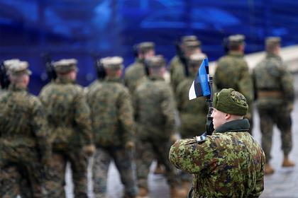 Русскоязычных солдат-срочников в Эстонии заставят учить эстонский язык