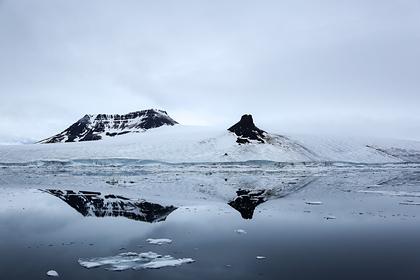 Один из островов в составе архипелага Земля Франца-Иосифа. Архивное фото