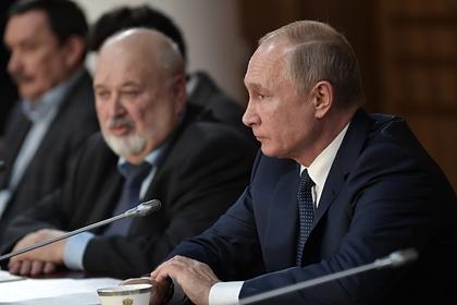 Путин пообещал бесплатное второе высшее образование для творческих профессий