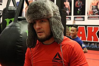 Нурмагомедов надел шапку-ушанку и вспомнил о войне