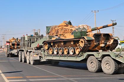 Турецкие военные укрепили танки хлипкой броней и отправили воевать в Сирию