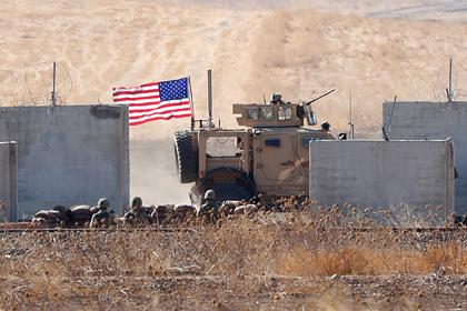 Российским журналистам показали заброшенную американскую базу в Сирии