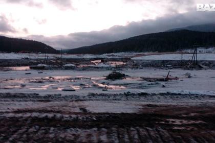 На прорванной в Красноярском крае дамбе нарушили «все мыслимые нормы»