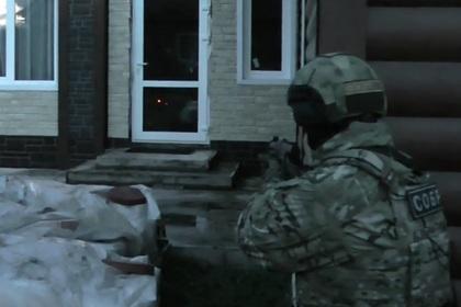 Спецназ взял штурмом дом вора в законе Кости Канского