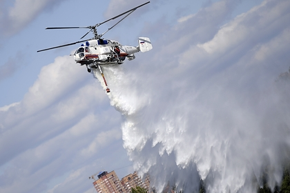 В Москве загорелся склад со скотчем