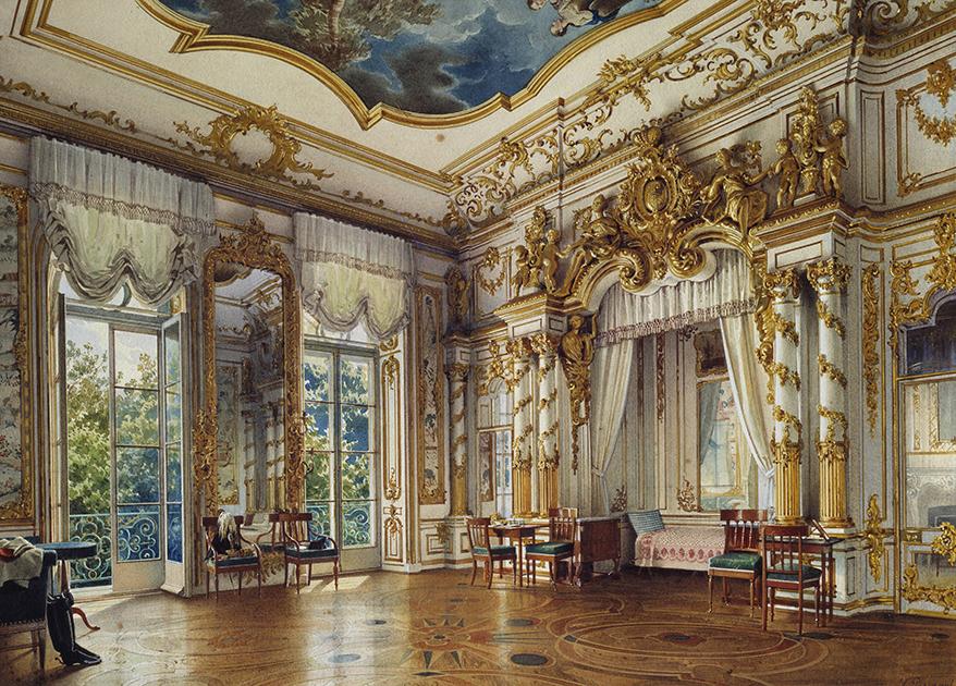 Спальня императора Александра I, для которого и был построен дворец. Обожавшая внука Екатерина II подарила дворец Александру на свадьбу