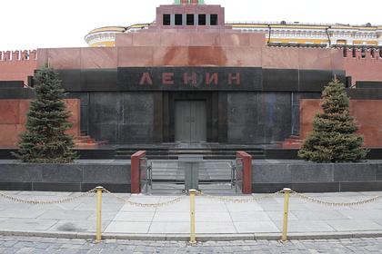 Народный артист Андрей Смирнов призвал убрать из мавзолея «****** Ленина»