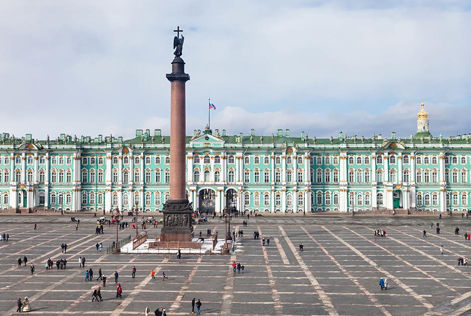 В Зимнем дворце Николай II и его семья проводили большую часть года