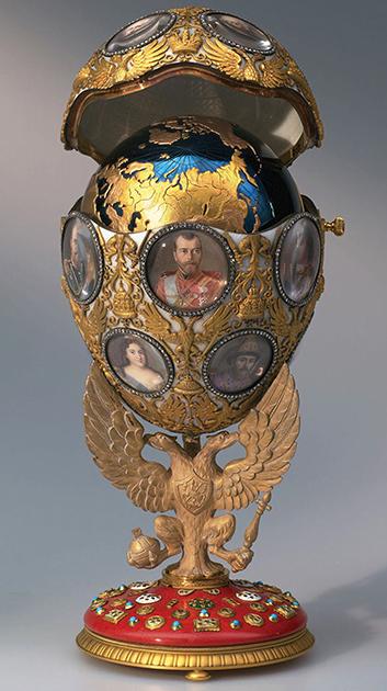 Яйцо Фаберже, заказанное по случаю празднования 300-летия Дома Романовых