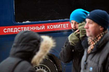Российский первокурсник с заклеенным скотчем ртом выпал из окна общежития