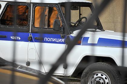 Российские военные погрызли семечки на корточках у Вечного огня и поплатились
