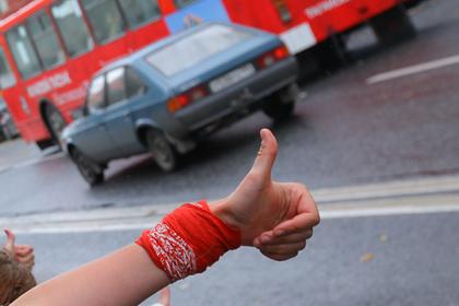 Полиция пять дней искала уехавших в Петербург автостопом российских школьников