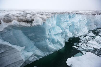 Разрушение вечной мерзлоты в Арктике уничтожит американские арктические базы