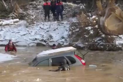 Опубликовано видео последствий прорыва дамб в Красноярском крае