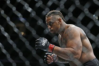 Американец согласился выйти на бой с «монстром» Волковым на UFC в Москве