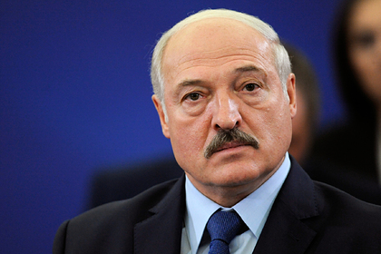 Лукашенко назвал себя белорусскоязычным на русском