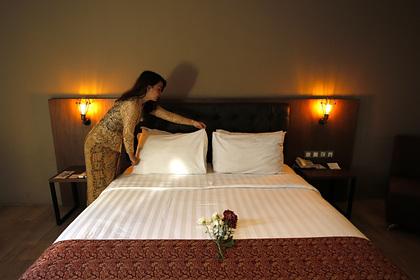 Раскрыты негативные последствия засыпания голышом в отелях