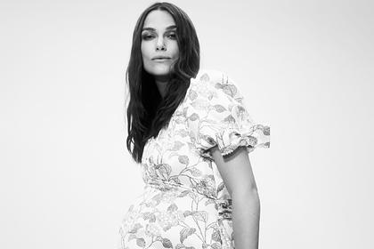 Vogue опубликовал снимки беременной Киры Найтли для рекламы