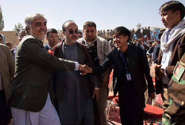 Абдулла Абдулла на одном из предвыборных митингов