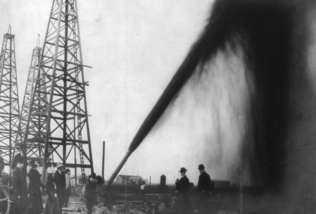 Добыча нефти в Порт-Артуре, штат Техас, 1901 год