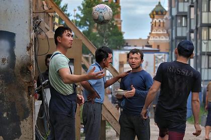 Мигрантам упростят регистрацию в России