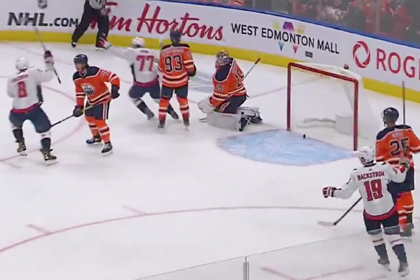 Овечкин забросил 666-ю шайбу в НХЛ
