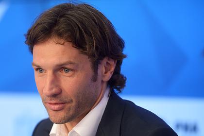 Бывший игрок «Локомотива» описал трехнедельные сборы ссексом икараоке