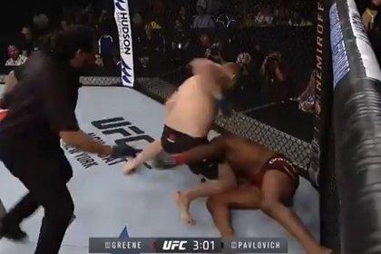 Российский боец UFC нокаутировал американца