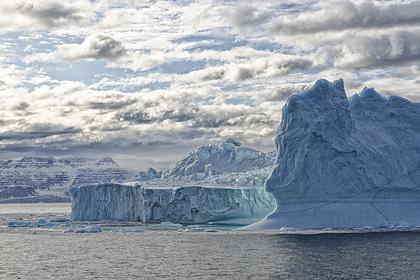 За льдом на Севморпути последят со спутников