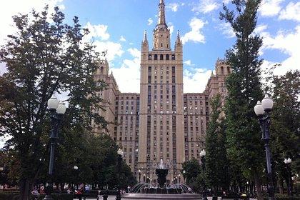 Названа самая дорогая «сталинка» Москвы
