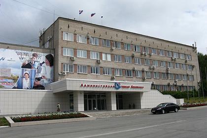В России многодетную семью выставили на улицу из-за долга по ипотеке