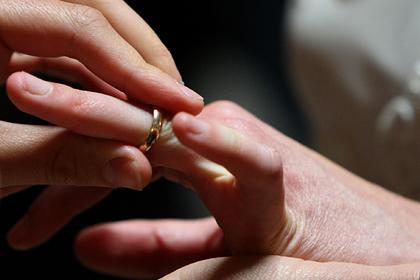 Мужчина стал геем после шести лет брака с женщиной