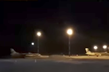 Появилось видео посадки SSJ-100 с проблемным двигателем