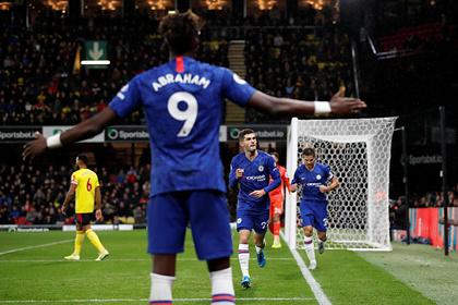 «Челси» одержал пятую победу подряд ивышел натретье место вАПЛ