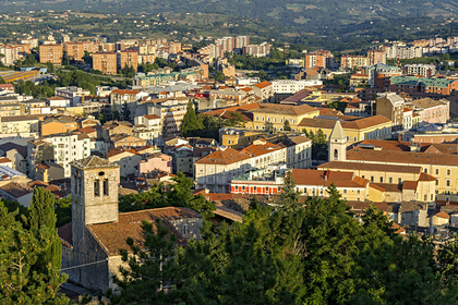 В Италии решили бесплатно раздать дома