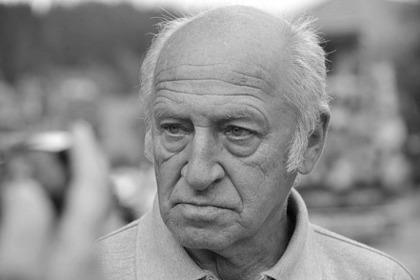 Последний премьер Чехословакии умер в доме престарелых