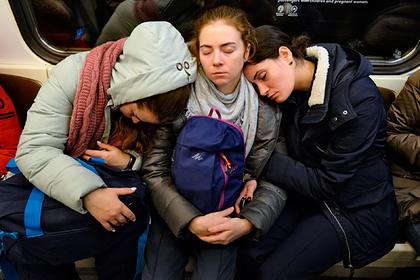 Россияне назвали причины недосыпа