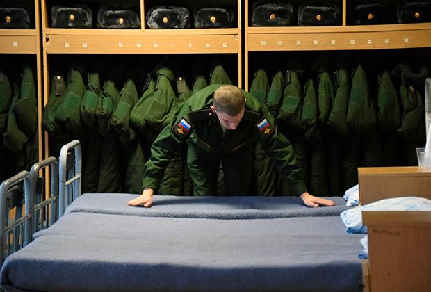 Новый учебный год во вновь сформированном артиллерийском соединении Западного военного округа.