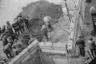 Несмотря на все укрепления, некоторым удавалось сбежать. Известно о 28 беглецах, которые ушли из ГДР через 145-метровый тоннель под стеной, о тех, кто переплыл границу под водой по реке Шпрее, а также об использовании дельтаплана и самодельного воздушного шара.