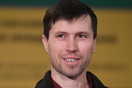 Денис Лисов