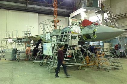 Сборку серийного Су-57 показали на видео