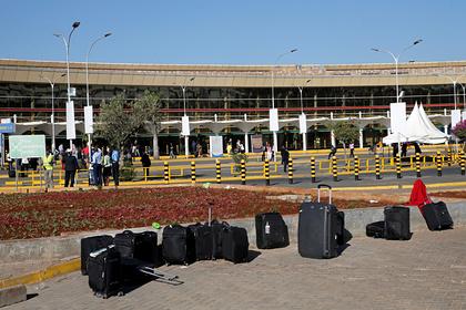 Раскрыт путь чемоданов после сдачи в аэропорту