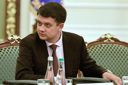 Партия Зеленского осталась без главы