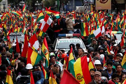 Протестующие напали на дом президента Боливии и попытались его арестовать