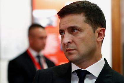 Зеленский уволил принявшего участие в драке депутата