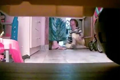 Годами истязавшую приемных детей на камеру семейную пару арестовали в Москве