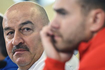 Стало известно о попытках Черчесова вернуть Акинфеева в сборную ради Евро-2020