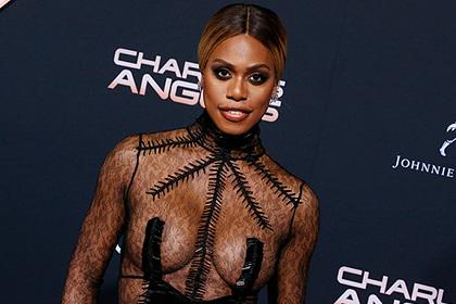 Актриса вышла в свет в прозрачном платье без белья