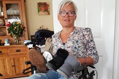 Одноногая женщина нашла применение оставшейся без пары обуви